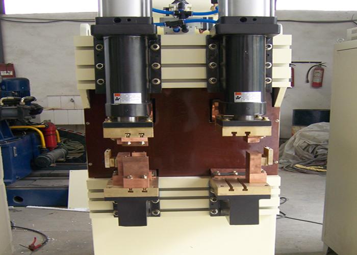 电阻焊专机